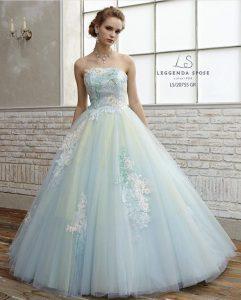 932c324931192 LEGGENDA SPOSEのドレスをご紹介させて頂きます。