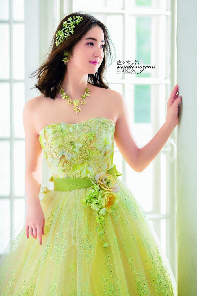 5d50e3c579664 こちらはオーバースカートが付いている2WAYタイプのドレスでございます